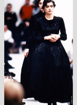 dolce-and-gabbana-archives-the-sicilian-widow-look-fall-winter-1988-1989