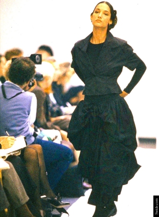 dolce-and-gabbana-archives-the-sicilian-widow-look-spring-summer-1988