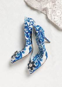 dolce-and-gabbana-winter-2016-woman-accessories-collection-03-zoom