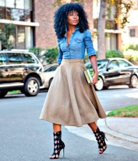 camisa-jeans-saia-midi-street-style-inverno
