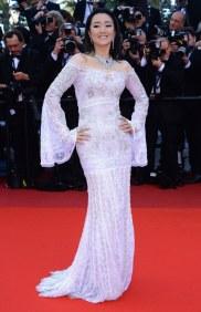 A atriz Gong Li, grife nao mencionada, 11/05.