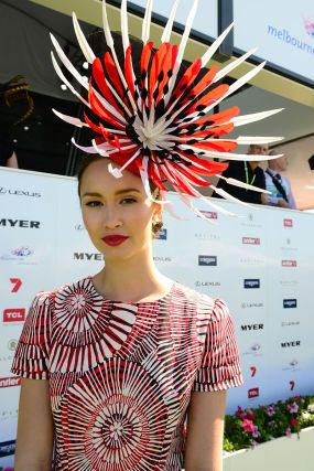 Chloe_Moo_of_Darwin_-_2013_Myer_Fashions_on_the_Field_(10705418974)