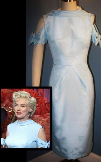 "Figurino usado por Marilyn Monroe no filme "" O Mundo Da Fantasia - There's No Business Like Show Business"", de 1954. VESTIDO ORIGINAL - Peça Vintage."