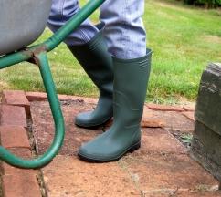 0000443_essentials-full-length-wellington-boots