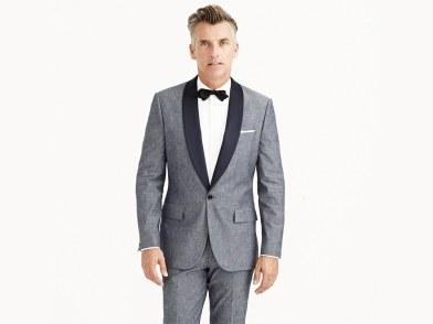 Tuxedo com bolsos com lapela ou modelo Flap.