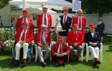 Membros do Lady Margaret Boat Club