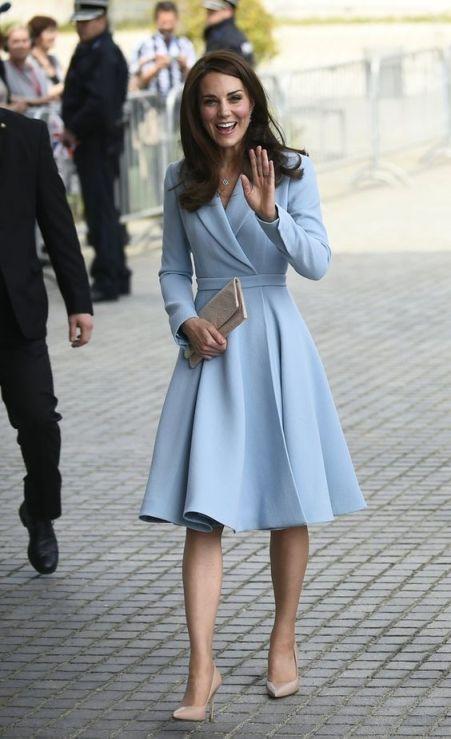 Vestido Casaco Kate Middleton
